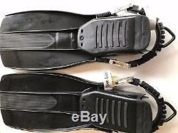 DIVE RITE XT SCUBA FINS WITH STAINLESS STEEL SPRING STRAPS Black Medium
